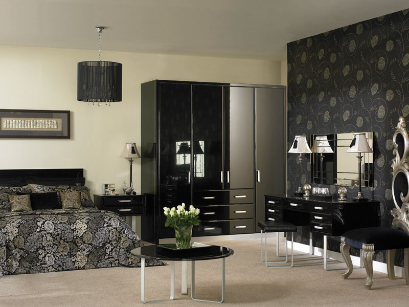 Fitted Bedroom Furniture shown in High Gloss Black
